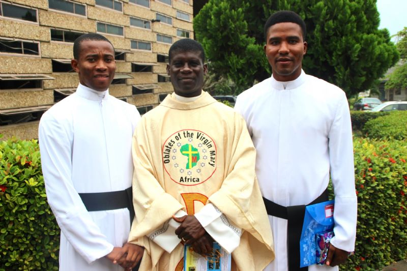 Nigeria ordination Daniel et Georges
